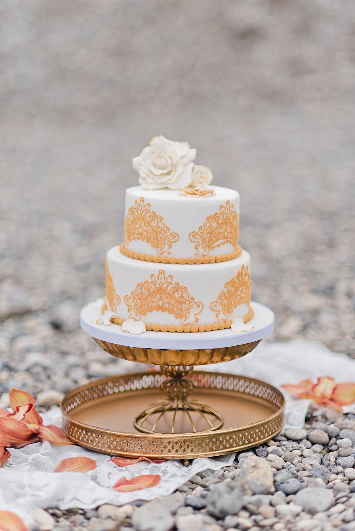 Glamourose Hochzeitstorte Fur Ein Fotoshooting Tortenkult
